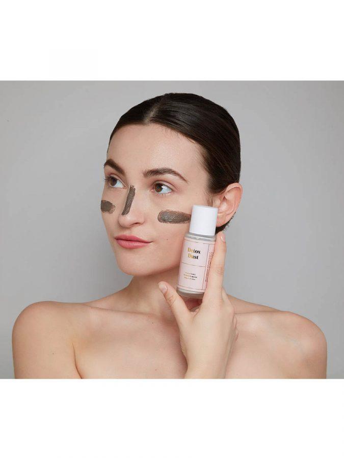BYBI Detox Dust Gesichtsmaske